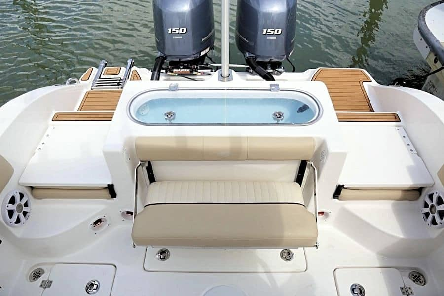 Seafox Commander aft seating