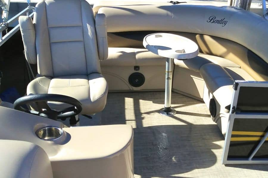 Bentley pontoon aft seating cockpit table